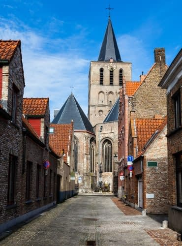 street-in-bruges-brugge-belgium-europe-1.jpg